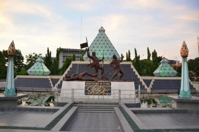 Pesan Perjuangan dari Tanah Pahlawan (Surabaya) (331704)