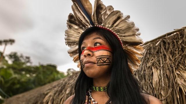 5 Tradisi Menyakitkan Para Wanita di Dunia Demi Menyandang Predikat Cantik (35386)