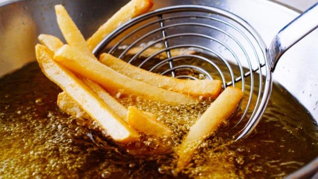 5 Makanan yang Sebaiknya Tidak Disimpan Lama di Dapur (951762)