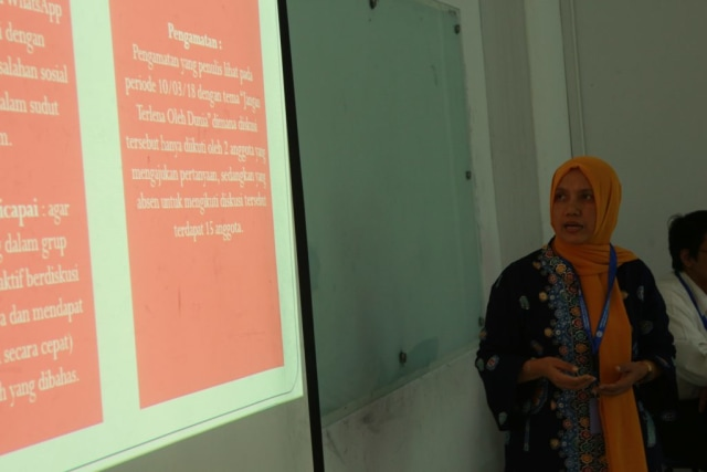 Mahasiswa President University Pukau Para Akademisi Di Konferensi Ilmiah Komunikasi (7082)