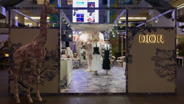 Cover Dior Pop-up Store Plaza Indonesia