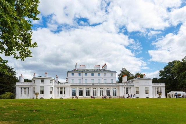 Renovasi Rumah Meghan Markle dan Pangeran Harry Habiskan Biaya Rp 42 M (206725)