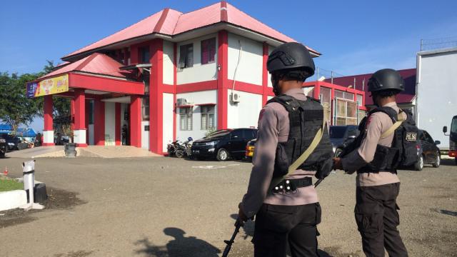 Aparat kepolisian, Lapas Lambaro, Banda Aceh