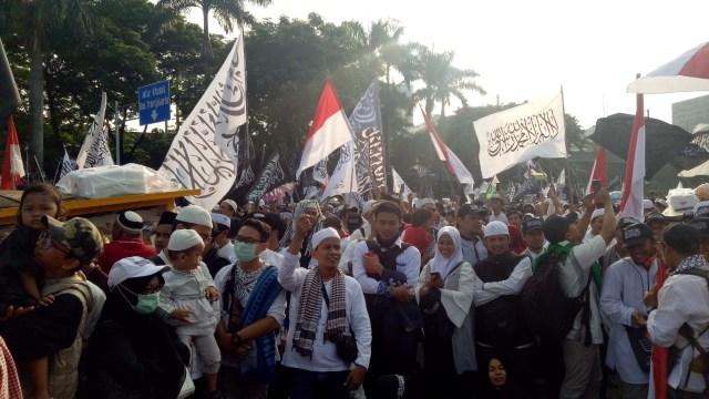 Peserta Reuni 212, Monumen Nasional, Monas, Jakarta