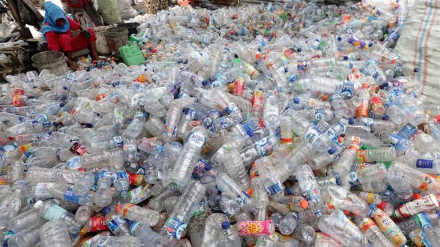 Begini Dampak Sampah Plastik Bagi Lingkungan dan Kesehatan Manusia (2161)