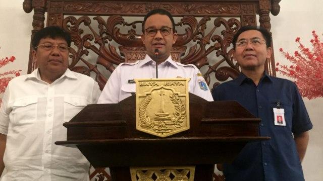 Gubernur DKI Jakarta Anies Baswedan, Dirut PPK GBK Winarto, Dirut Persija Jakarta Gede Widiade