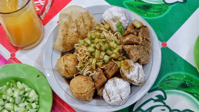 7 Kuliner Halal Di Kawasan Glodok Kumparan Com