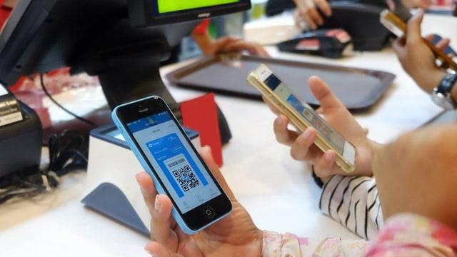 Aplikasi E-Money Dana Dirilis, Resmi Tantang Go-Pay dan Ovo
