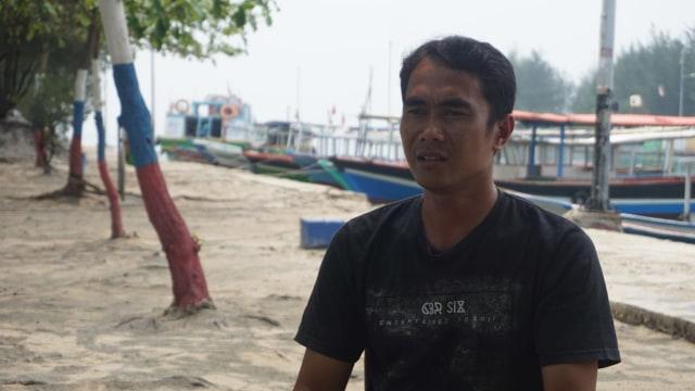 KONTEN SPESIAL, SAMPAH PLASTIK,Salah satu ketua RT di Pulau Pari, Edi Mulyono