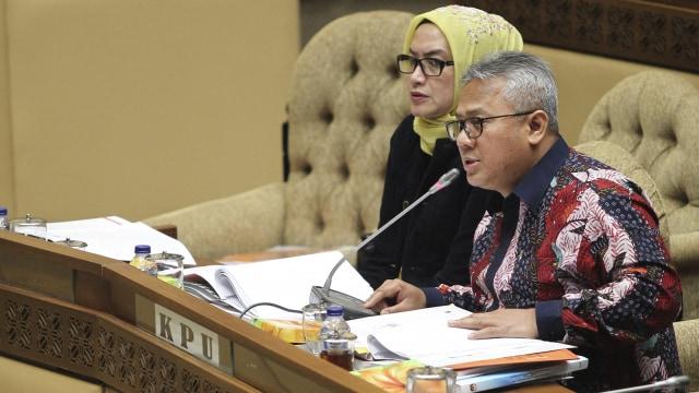 Ketua KPU Arief Budiman Positif Corona, Komisioner Evi Novida Membaik (54613)