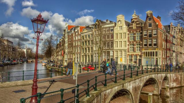 Pemandangan Kanal di Amsterdam, Belanda