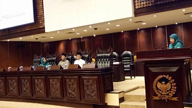 Menag, Lukman Hakim Saifuddin, Milad 1 Abad Wanita Sarikat Islam, Ketua MPR