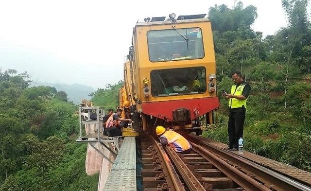 Setelah 4 Jam Terganggu Kereta  Anjlok,  Jurusan Bandung-Jakarta Kembali Normal  (713406)