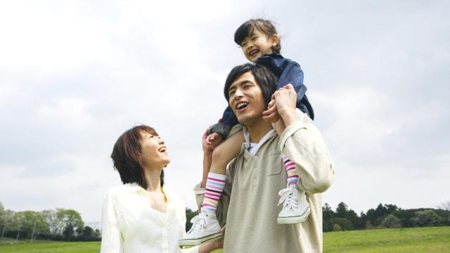 Ilustrasi keluarga Jepang