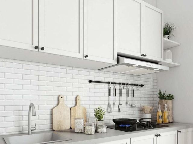 Ingin Hemat Saat Renovasi Dapur? Kenali Pilihan Bahan Kitchen Set Ini! (12515)