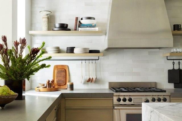 Ingin Hemat Saat Renovasi Dapur? Kenali Pilihan Bahan Kitchen Set Ini! (12522)