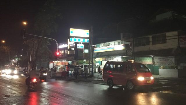 Lokasi Pemukulan TNI oleh Tukang Parkir di Ciracas Sudah Kondusif (6092)