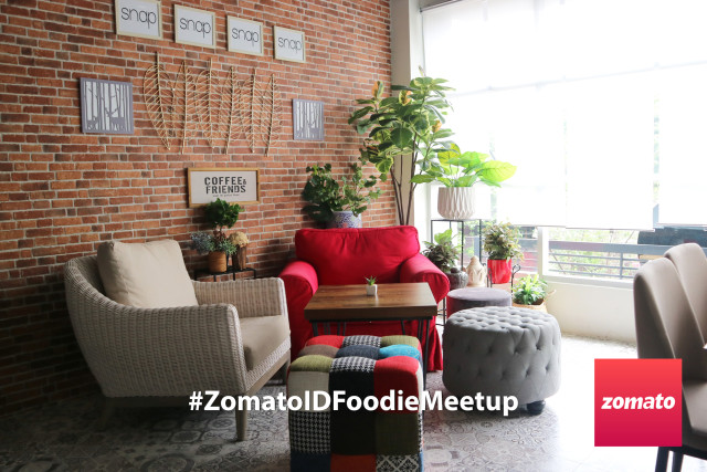 Mengenal kopi Indonesia melalui kegiatan Coffe cupping di Chill Bill #ZomatoIDFoodieMeetup (59772)