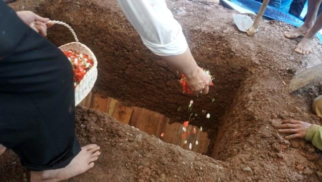 Pemakaman Eril, TPU Tanah Kusir