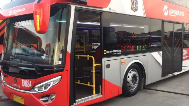 Bus tingkat, Transjakarta.
