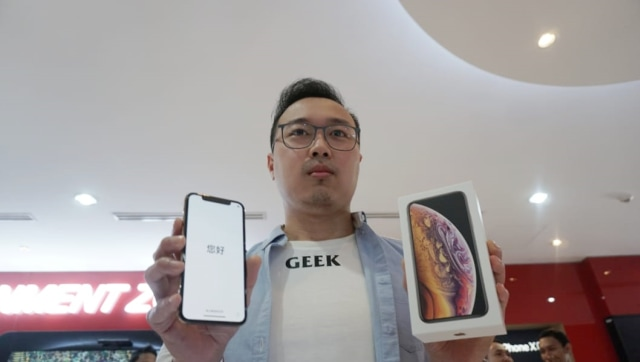 Otniel Yoreiza, pembeli iPhone XS pertama di Indonesia