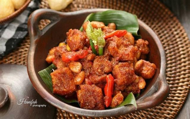 Resep Masakan Pedasnya Sambal Goreng Kentang Krecek