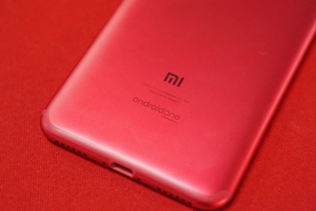 Review Xiaomi Mi A2: Smartphone yang Benar-Benar di Luar Dugaan (476428)