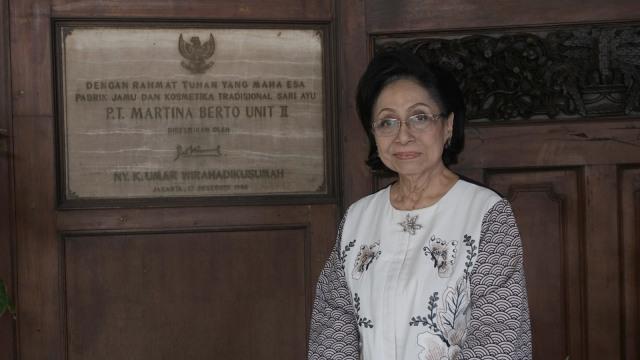 Pentingnya Mendukung Partisipasi Perempuan di Dunia Bisnis dan Profesional (71200)