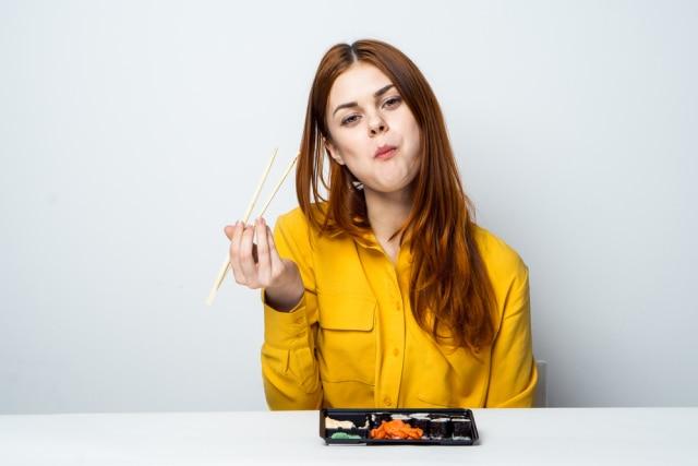 Biar Enggak Kalap, Yuk Ketahui Tips Mengatur Pola Makan Saat Lebaran (6388)