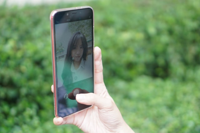 Review Xiaomi Mi A2: Smartphone yang Benar-Benar di Luar Dugaan (476432)