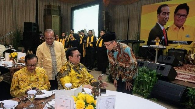 Tuan Guru Bajang, Agung Laksono, golkar
