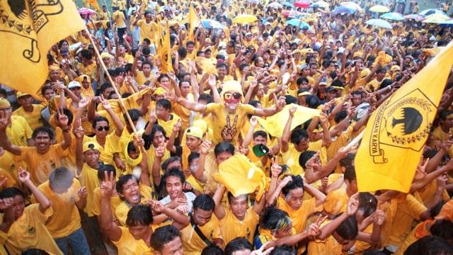 LIPSUS PARTAI KRISTEN, Partai Golkar, Suasana kampanye, 2004