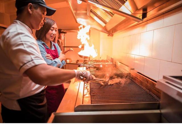Kasih Ibu di Balik Steak Hotel by HOLYCOW! (378806)