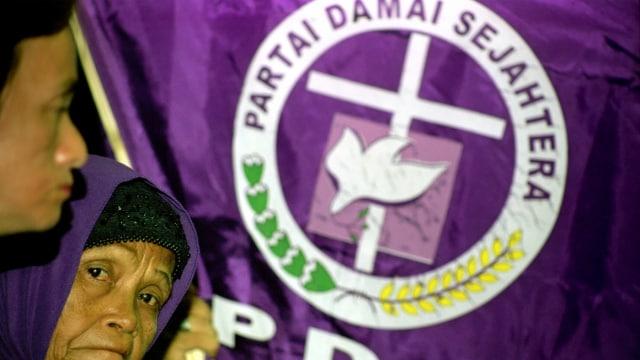 LIPSUS PARTAI KRISTEN, Pendukung Partai Damai Sejahtera (PDS), Pemilu 2004