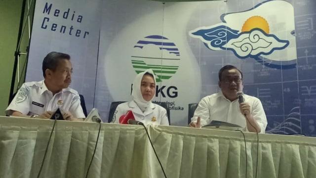 Alasan BMKG dan BNPB Tak Lekas Sebut Bencana di Anyer Sebagai Tsunami (37385)