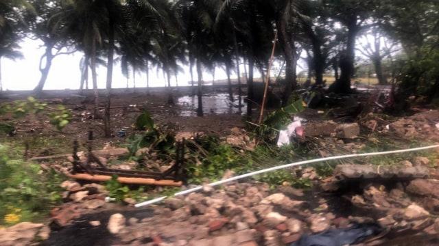 Kondisi pasca tsunami Anyer