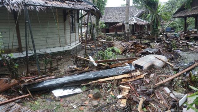 Hotel Mutiara Carita, diterjang tsunami, Selat Sunda, Anyer, Banten