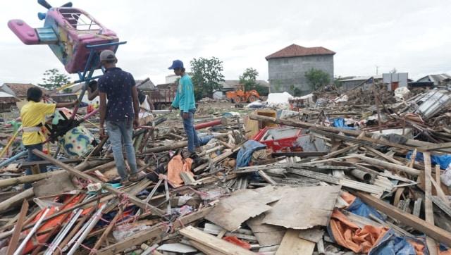 kerusakan pasar malam dampak Tsunami Selat Sunda di Desa Sumber Jaya, Kecamatan Sumur,Kabupaten Pandeglang