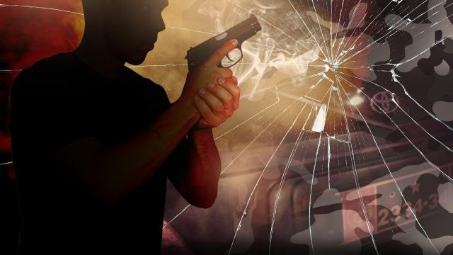 Aksi Brutal Bripka Cornelius Tembak Anggota TNI dan Warga Sipil di RM Cafe (270712)