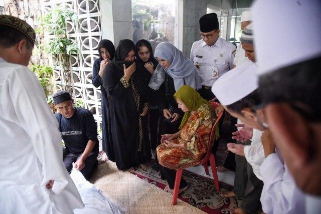 Suasana duka cita di rumah duka almarhum Ali Shahab