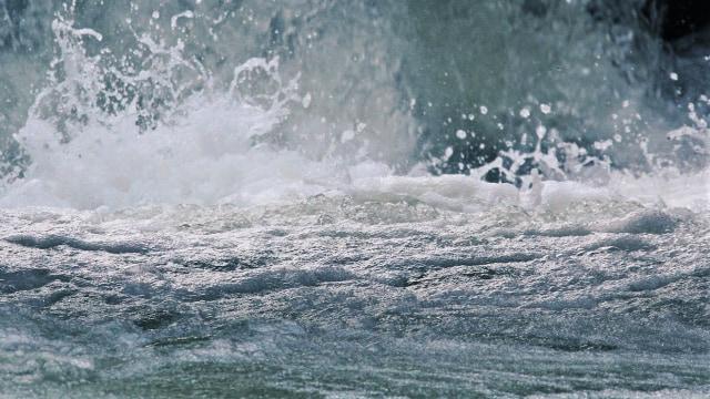Waspada Gelombang Tinggi hingga 2,5 Meter di Perairan Kepulauan Seribu (263218)