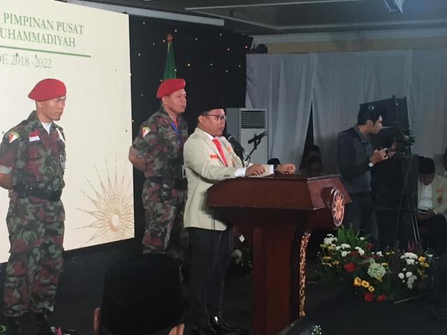 Ketua PP Pemuda Muhammdiyah Sunanto menangis saat memberikan pidatonya di acara pelantikan pengurus PP Pemuda Muhammdiyah periode 2018-2022