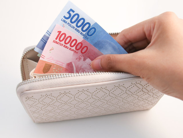 com-Ilustrasi Uang di Dompet