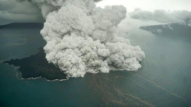 LIPSUS KRAKATAU, Gambar dari udara, kondisi Anak Gunung Krakatau