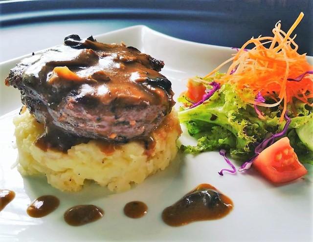Fillet mignon steak di Keukenhof Bistro.