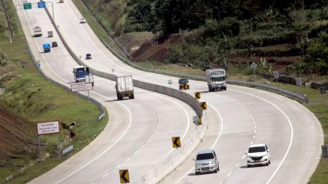 Mitos atau Fakta: Ban Lebih Cepat Aus di Jalanan Beton (681011)