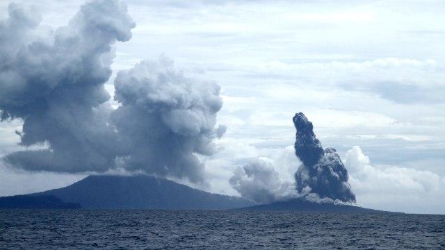 Gunung Anak Krakatau, Erupsi