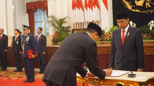 Alasan Jokowi Pilih Doni Monardo Jadi Kepala BNPB: Kepemimpinan Kuat  (34149)