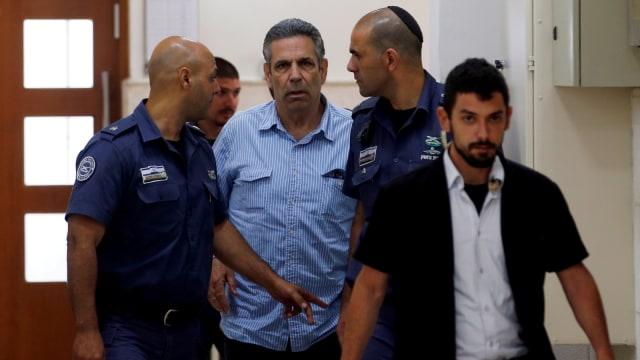 Gonen Segev, mantan menteri Israel yang dituduh mata-mata Iran