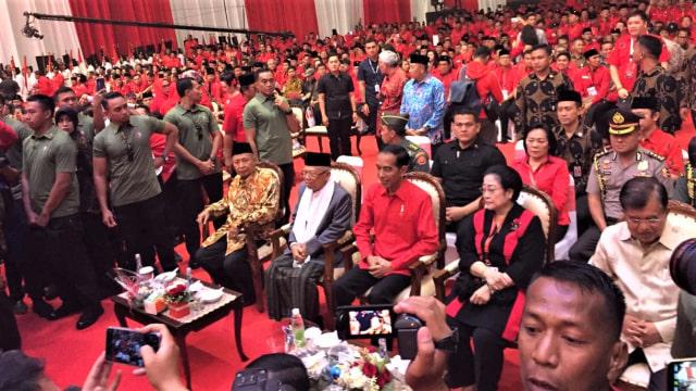 Ketum PDIP Megawati Soekarno Putri, Capres 01 Jokowi, cawapres 01 Ma'ruf Amin di Acara HUT PDIP